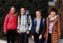v.l.n.r.: Verena Fernandes, Sophia Thiele, Rike Kemmerich und Lichuan Xiong